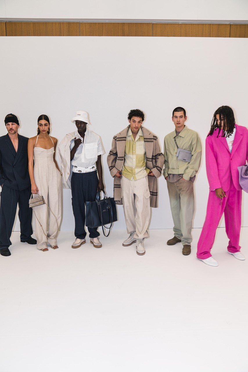 Jacquemus Fall Winter 2020 Collection Runway Paris Fashion Week pfw co ed mens womens french parisian deconstrcuted olive drab minimal denim exagerrated Simon Porte Jacquemus