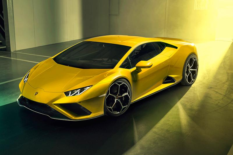 Lamborghini Huracán EVO Rear-Wheel Drive Unveiled First Look RWD Supercar Italian Sportscar V10 Engine 610 HP New Look Design Front Bumper Rear Diffuser