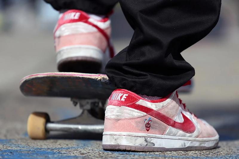 strangelove skateboards nike sb dunk low fine pair white pink red valentines day velvet CT2552 800 sean cliver release date info photos price