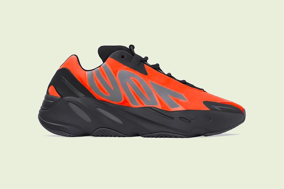 adidas YEEZY BOOST 700 MNVN \