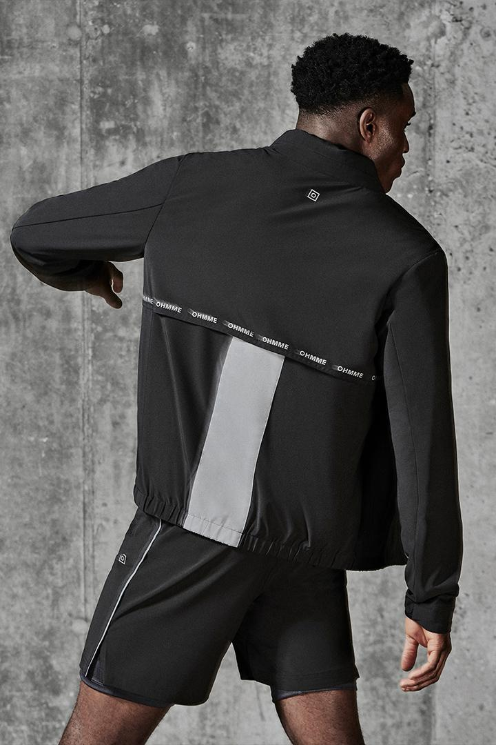 ohmme ss20 spring summer collection athleisure workwear technical activewear performance london reflective lifewear ray jacket