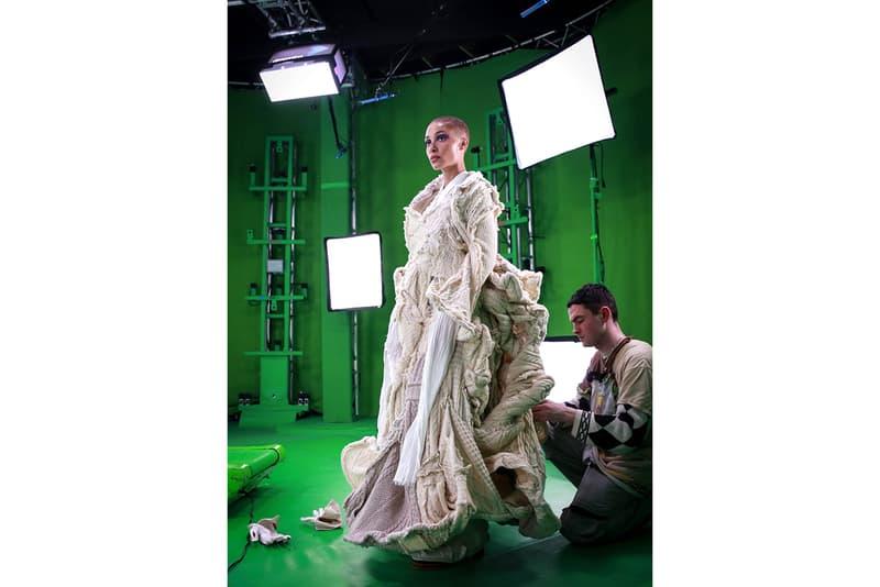 Three Debuts 5G at Multi-Sensory London Fashion Week Runway Show Adwoa Aboah Virtual Reality Mobile Phone Smartphone Technology Future LFW 2020 MA Fashion Central Saint Martins Graduate Paolo Carzana FROW Front Row Announcement
