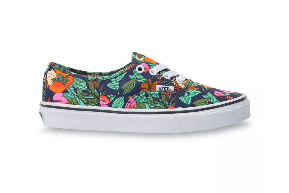 "Vans Prepares For the Warmer Months With Floral ""Multi-Tropic"" Pack"