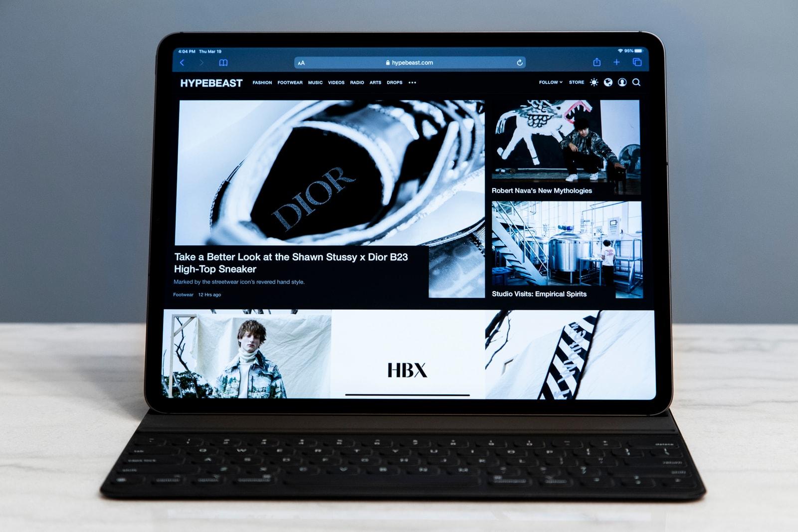 アップルの新型 iPad Proにクローズアップ アイパッド Apple iPad Pro 12.9
