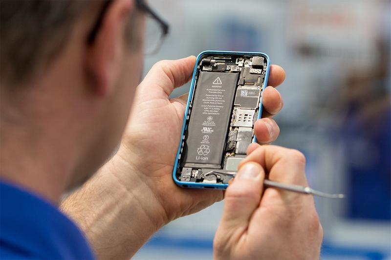 european union parliament commission right to repair sustainability tech devices gadgets smartphones laptops tablets