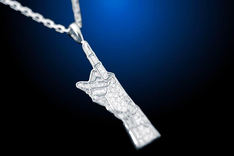 Hajime Sorayama EYEFUNNY Middle Finger Necklace Release Info Buy Price Shibuya PARCO 2G Studio Gold Silver Shibuya Parco