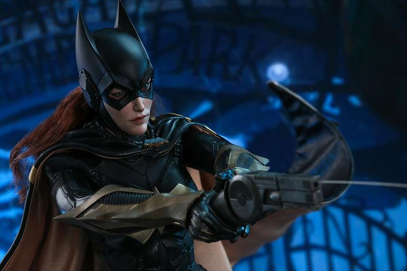 hot toys hong kong collectibles figures 1 6th scale batman arkham knight barbara gordon batgirl