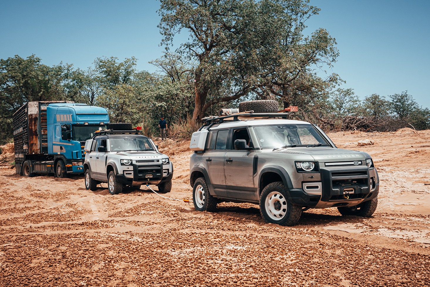 New Land Rover Defender in Namibia James Bond 2020 007 Africa South Africa Desert off-roading awd adventure