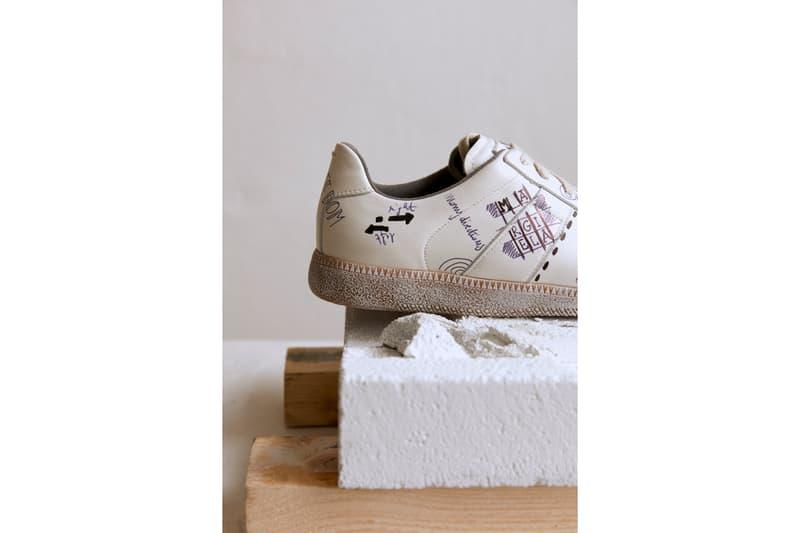 "Mytheresa x Maison Margiela ""Vintage Graffiti"" Men's Replica Sneakers White Gray Drawings French Phrases"