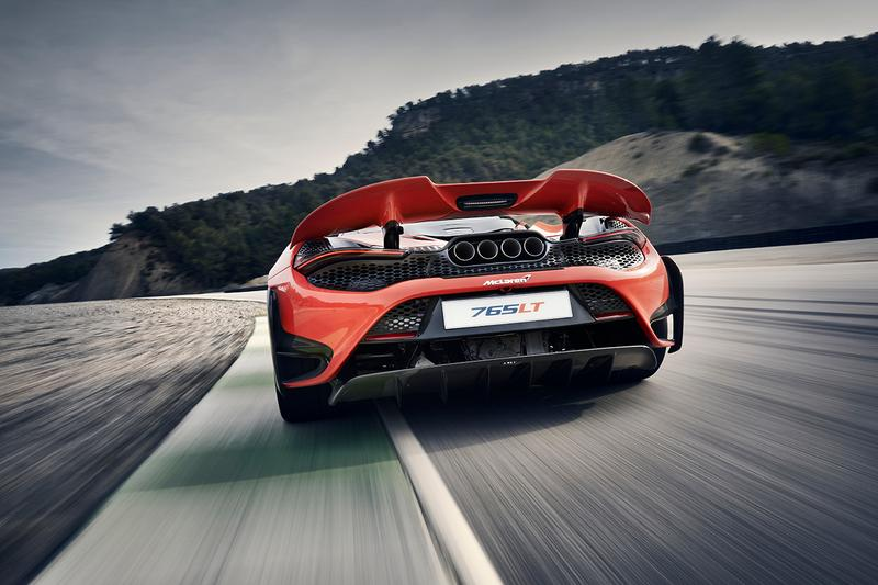 McLaren 765LT Officially Unveiled Supercar British Automotive News Manufacturer Release Information Longtail 765PS and 800Nm torque V8 2.7 Seconds to 60 MPH