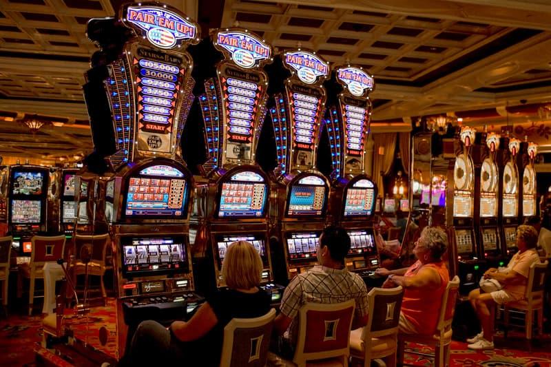 Nevada Casinos Closing 30 Days Coronavirus Info COVID-19 Las Vegas Governor