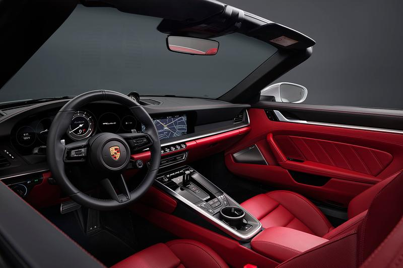 2021 Porsche 911 Turbo S & Turbo S Cabriolet Unveiled First Look German Automotive Engineering Supercar 3.8-liter flat-six engine turbocharged four wheel drive 4wd 640 bhp 590 pound-feet of torque 0-60mph 2.6 seconds convertible drop top sportscar