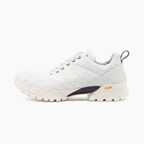 ROA Oblique Mesh Trail Sneakers in White
