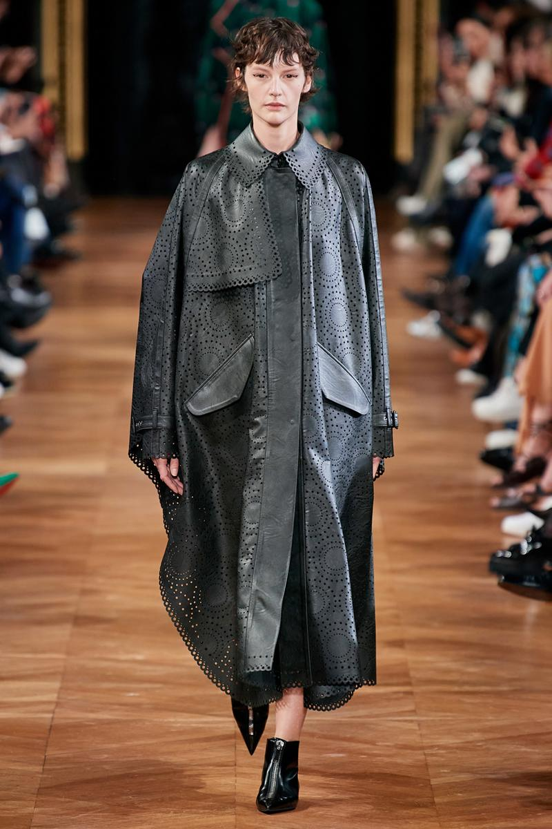 stella mccartney fall winter 2020 fw20 collection runway show paris fashion week vegan fur free leather free