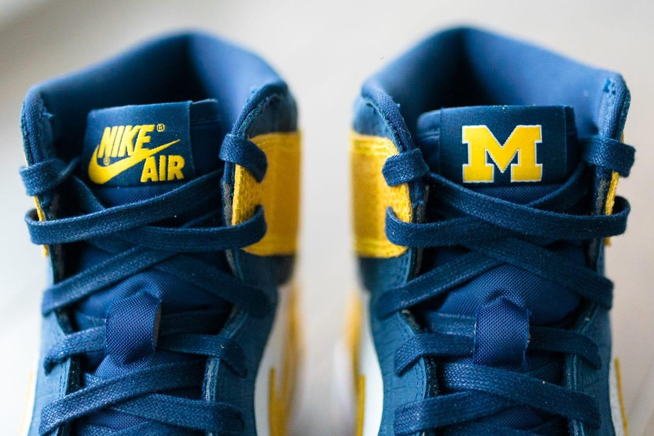 Air Jordan 1 Michigan Wolverines PE