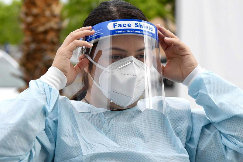 Apple's Medical Face Shield Design, Video support email page buy mask coronavirus covid 19 isolation protective