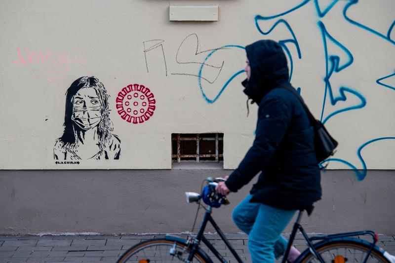 german galleries reopening coronavirus covid artwork street art museums