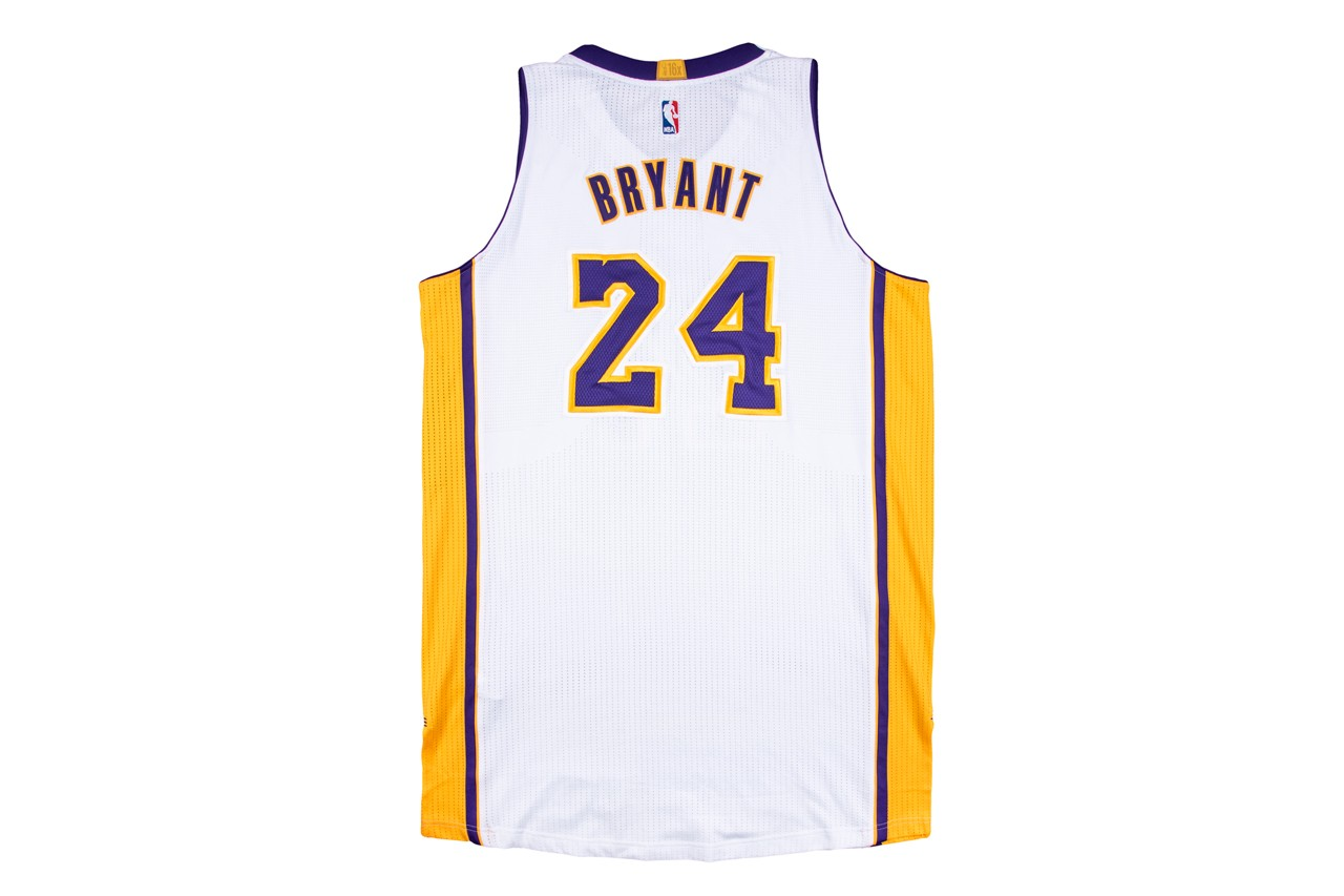 goldin auctions kobe bryant game worn jersey shoes nba championship ring info photos prices