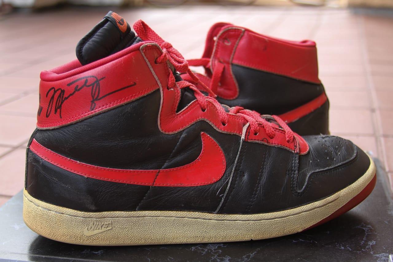 Michael Jordan Nike Air Ship \