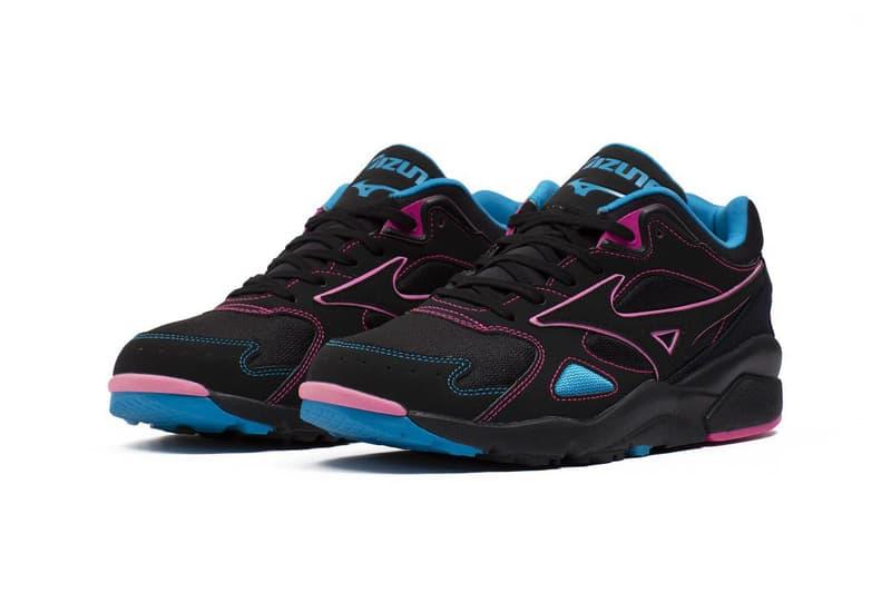 "Mizuno Sky Medal ""Black/Pink/Blue"" D1GA200509 Release Information Footwear Sneaker Drop Date Spring 2020 OG Retro '90s Suede Mesh"