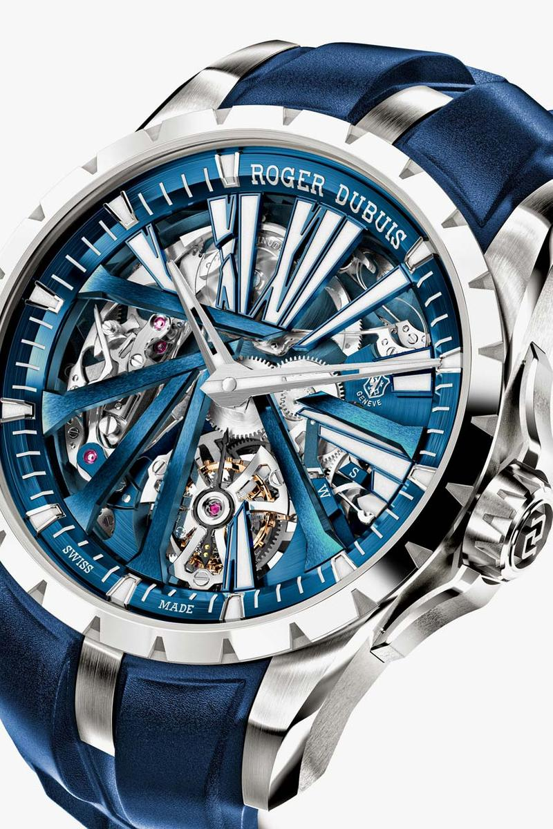 roger dubuis excalibur diabolus machina blue watch release timepiece minute repeater flying tourbillon 571000 dollars usd exclusive one of one sapphire crystal