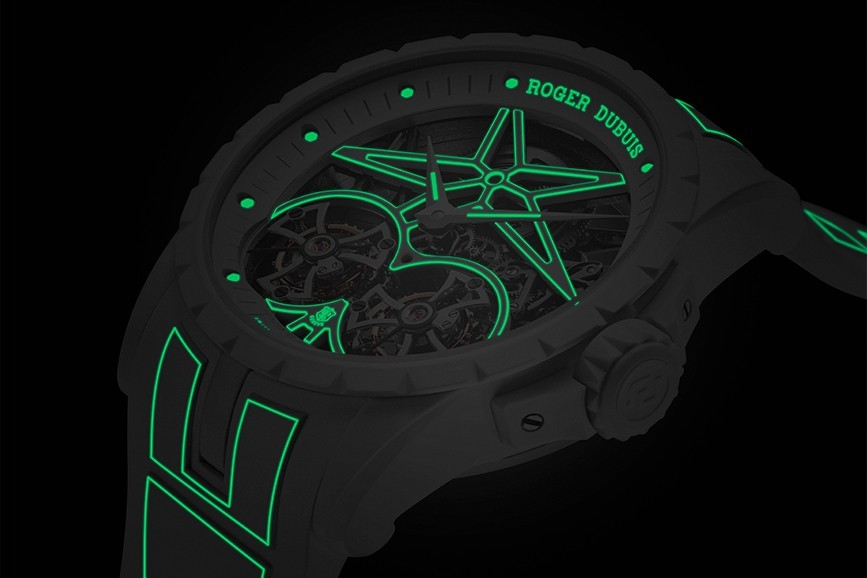 Roger Dubuis Excalibur Twofold Watch Closer Look glow in the dark day and night luminescent timepiece watch avant garde design black white