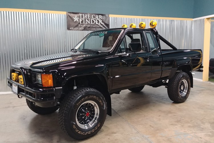 1985 Toyota SR5 Pickup Revamped to Resemble 'Back to the Future' Truck