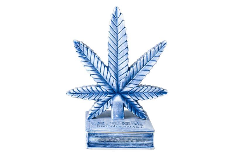"YEENJOY STUDIO Cannabis Leaf Incense Chamber Kuumba Incense Pack Blue Ceramic Book ""Cannabis sativa L"""