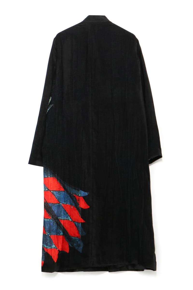 Yohji Yamamoto Spring/Summer 2020 Knight Coats Long Black Velvet Armor Swords Horses Red Yellow Blue Slit