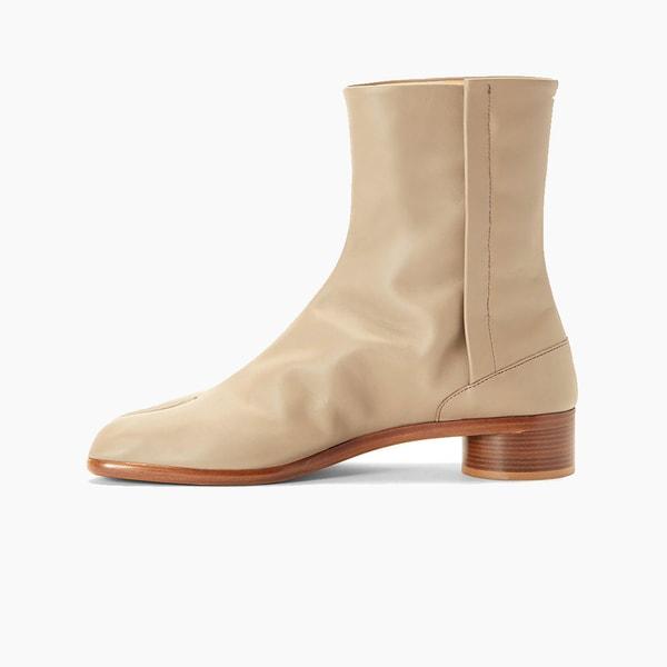 "Maison Margiela Tabi Ankle Boot ""Beige"""
