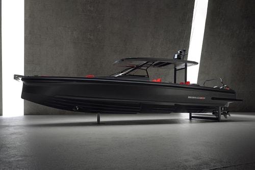 """Brabus Marine Crafts a 900-Horsepower """"Black-Ops"""" Speedboat"""