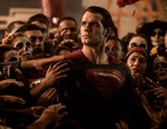 Henry Cavill In Talks to Reprise his Superman Role