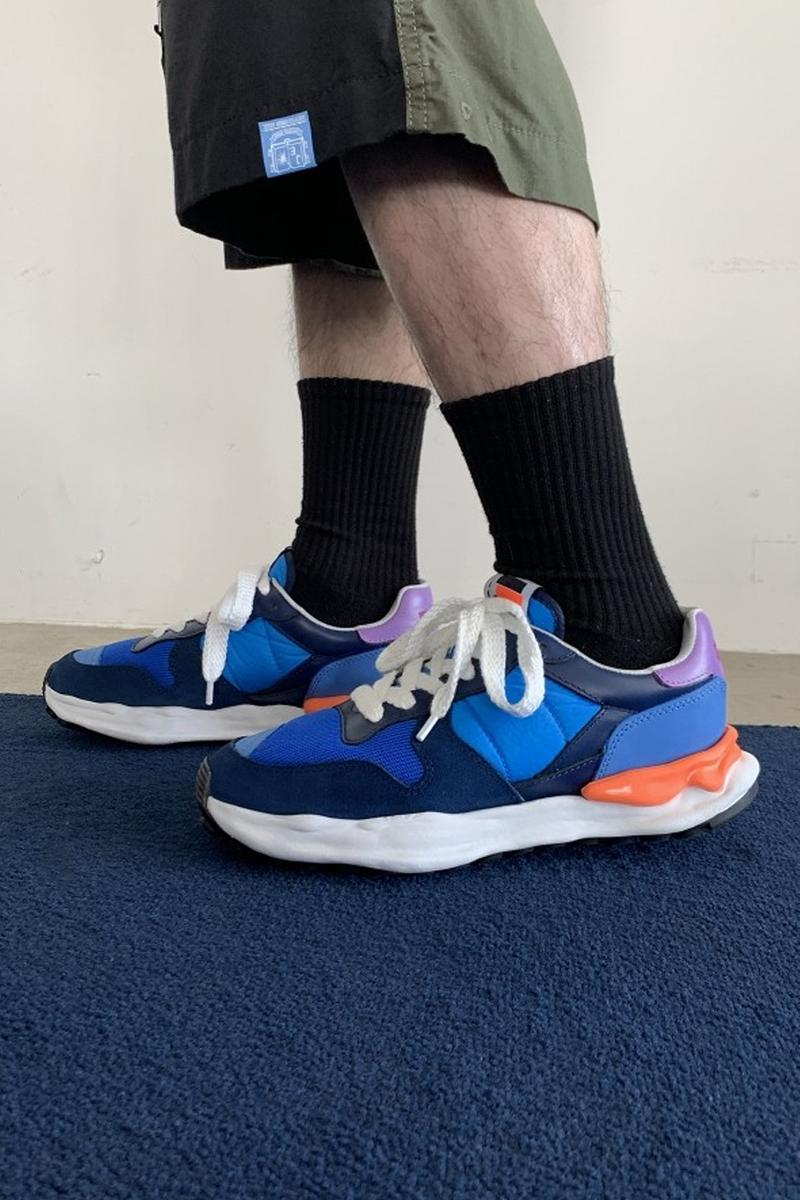 Maison Mihara Yasuhiro MMYDBSS Sneakers white black blue menswear streetwear shoes sneakers footwear kicks runners trainers spring summer 2020 collection japanese designer chunky