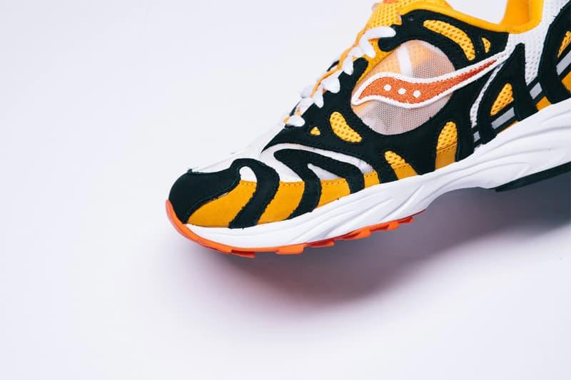 saucony grid azura 2000 white orange black purple grey gray pink sneakers shoes sneaker politics S70491-1 S70491-2