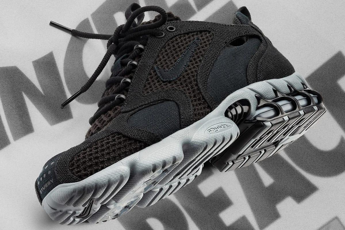 black and grey nikes