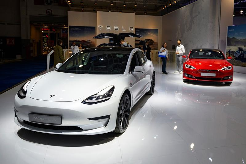 Tesla Cuts Car Prices by 6 Percent In North America Boost Demand COVID-19 Coronavirus Incentives Discount Elon Musk Model S 3 X Y Electric Vehicles Cars EV Supercharger Quick Charger
