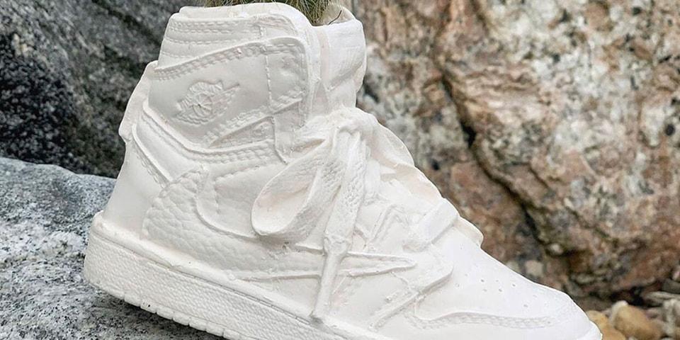 Shoewear - cover