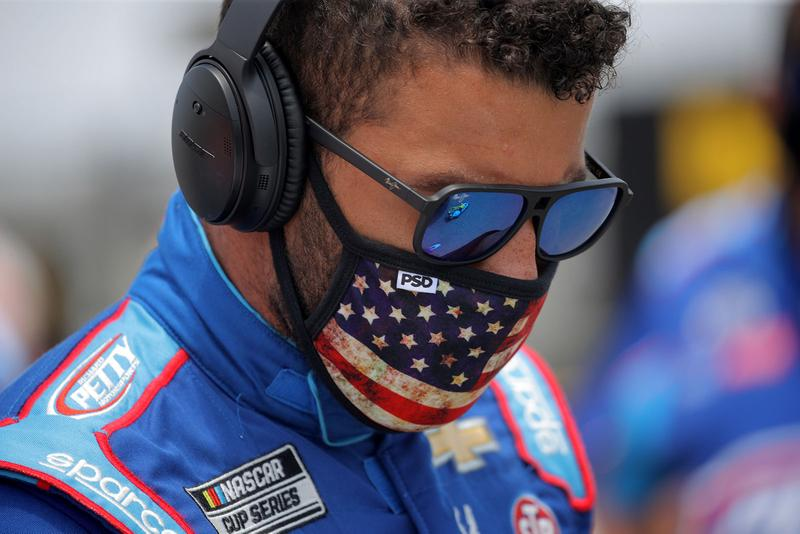 Bubba Wallace NASCAR Solidarity Geico 500 Drivers Push Car to the Front Talladega Superspeedway Alabama BLM Racism Black Lives Matter