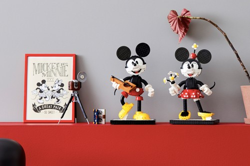 LEGO Taps Disney for Buildable Mickey and Minnie Mouse Models