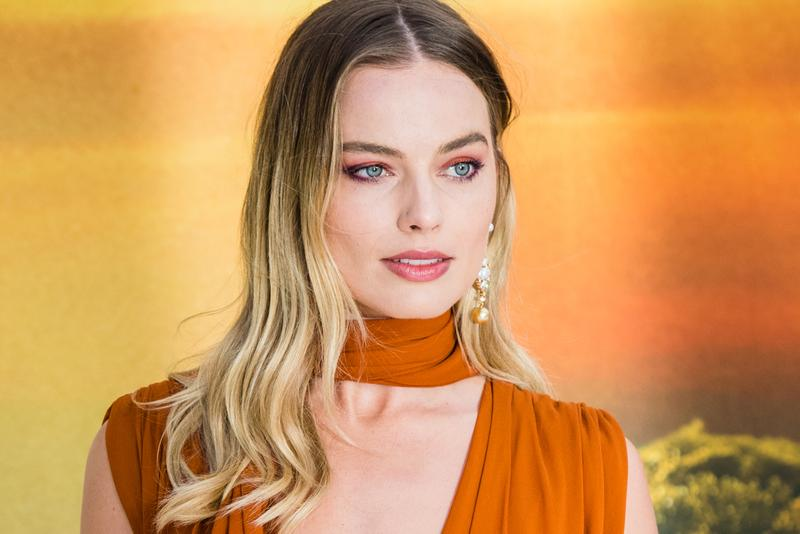 Margot Robbie Star Stand Alone Pirates of the Caribbean Film Info