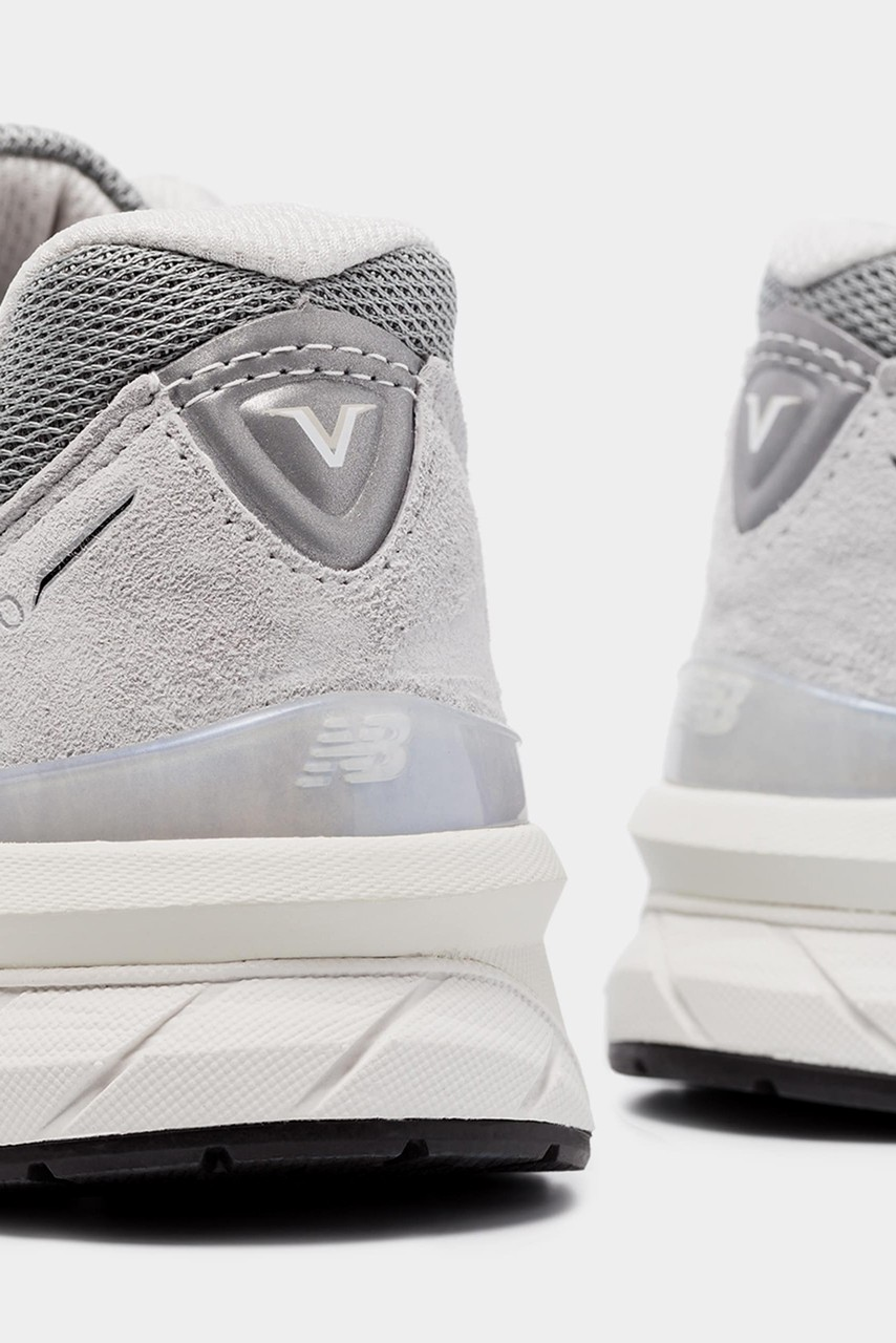 new balance grey reflective
