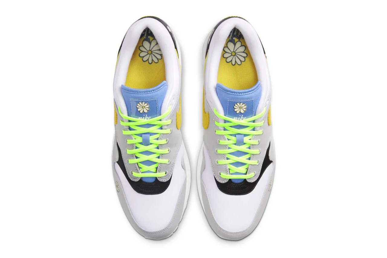 nike air max 1 trainers in white and black
