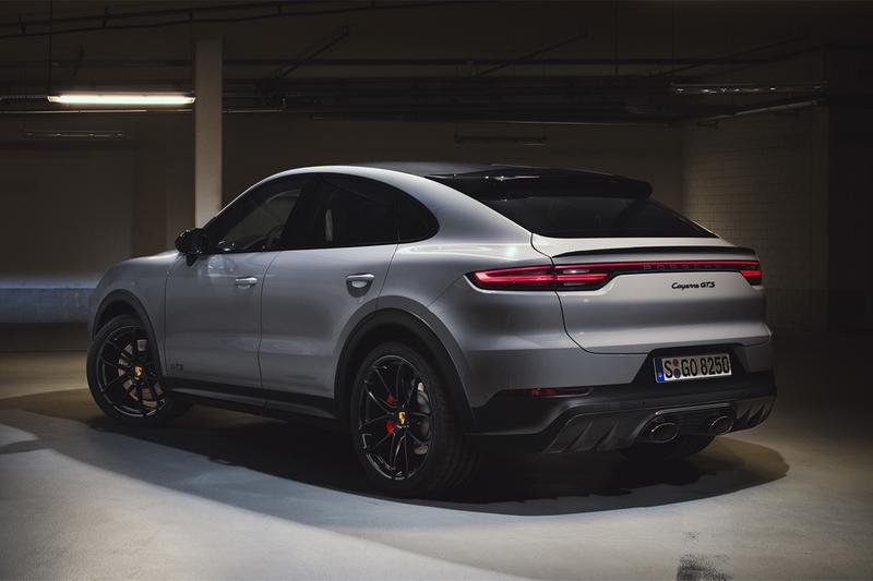 2021 porsche cayenne gts suv sports chrono v8 twin turbo engine horsepower cars
