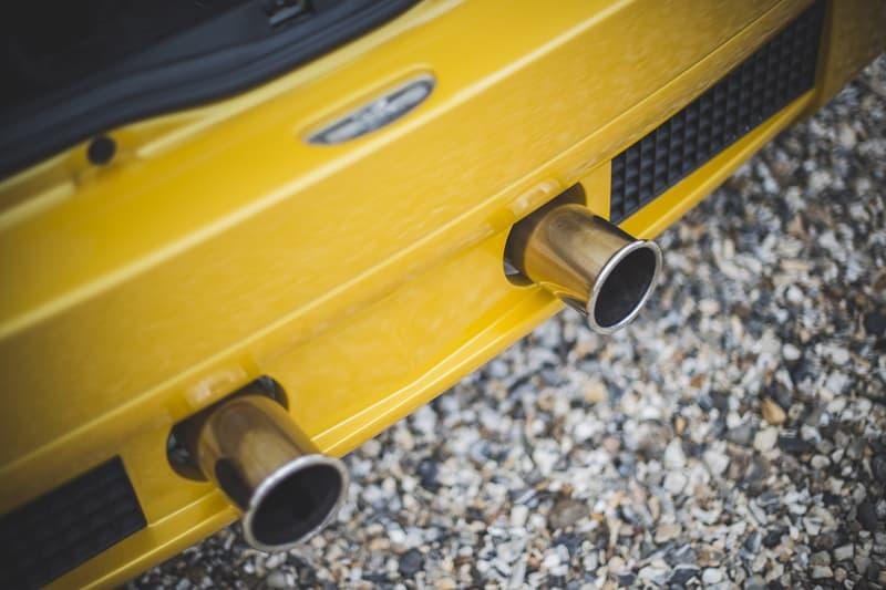 Renault Sport Clio V6 Rare Liquid Yellow Auction Mid Engine Rear Wheel Drive Super Car Sports Hot Hatchback