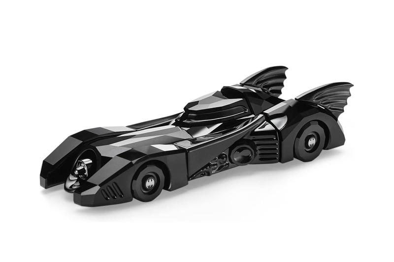 Swarovski Black-Crystal Batman and Batmobile tim burton dark knight Michael Keaton Jack Nicholson Kim Basinger Vicki Vale comics DC comics crystal home decor