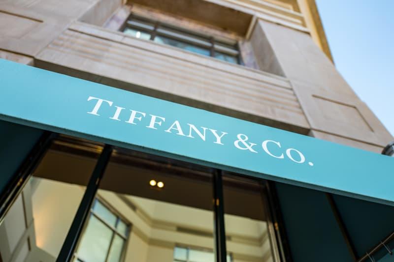 tiffany co jewelry company lvmh debt amendment covenant quarterly sales 44 percent drop coronavirus covid 19 pandemic