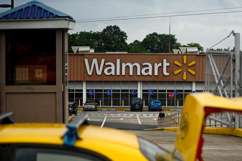 "Walmart ""All Lives Matter"" T-Shirt News BLM Blacklivesmatter Black Lives Matter Racism George Floyd online clothing tee T-shirt backlash"