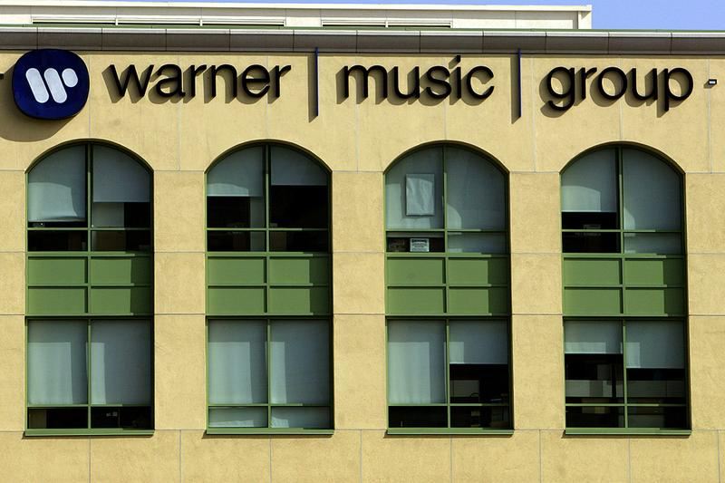 Warner Music Group $100 Million USD #BlackLivesMatter BLM Donation Music Industry George Floyd Family Foundation Len Blavatnik Justice Charity Campaign Support