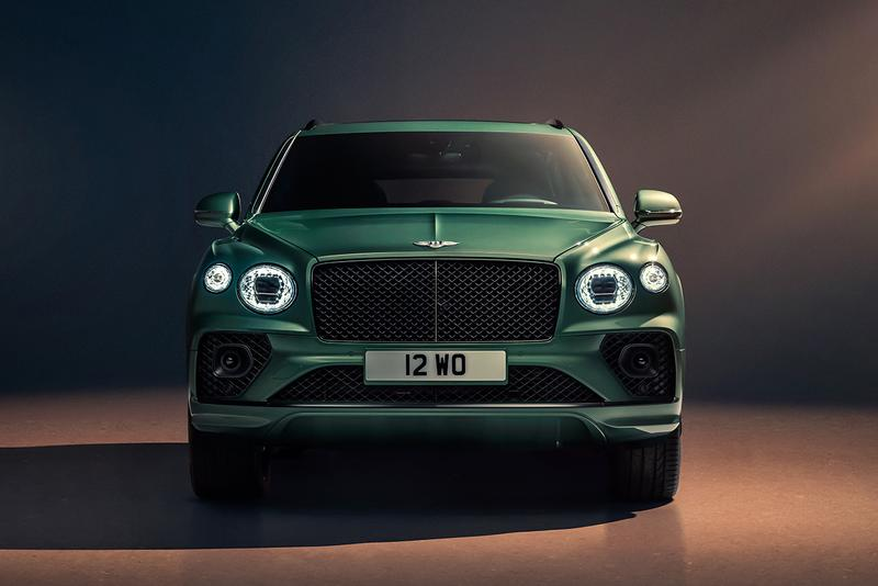 2021 Bentley Bentayga Luxury SUV Sports Utility Vehicle British Design 4x4 Family Vehicle 542 hp 4.0L V8 Plug-In Hybrid W12 Engine Rolls-Royce Cullinan Lamborghini Urus
