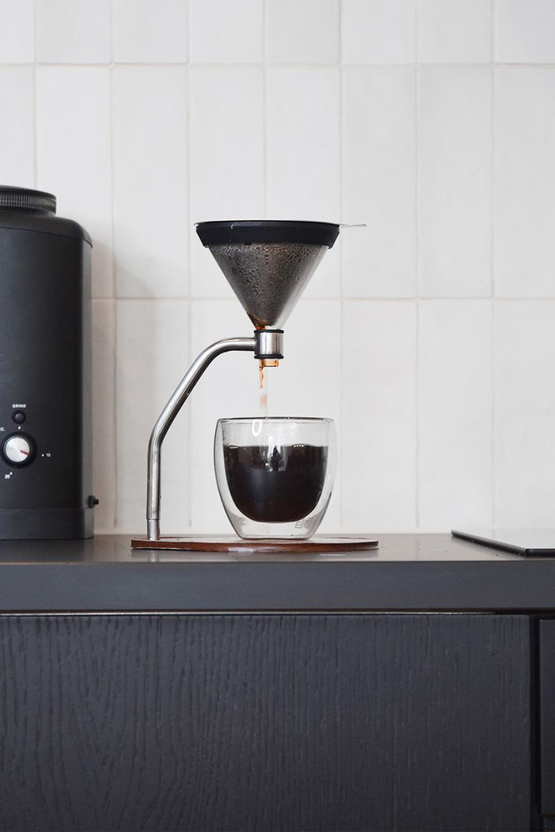 """Joy Resolve Manual Immersion Brewer """"Walnut Timber"""" """"Blond Timber"""" Coffee Machine Personal At Home Stay Indoors Breakfast Food Drink Prep Kit Release Information Cafe Lifestyle"""